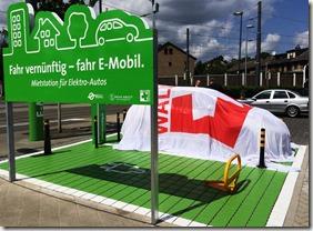 06 Eröffnung E-Mobilitätsstation 21.07.2015 (17)